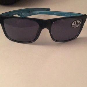 Costa Del Mar remora ocearch edition glasses NIb